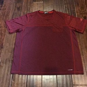 The North Face t/shirt